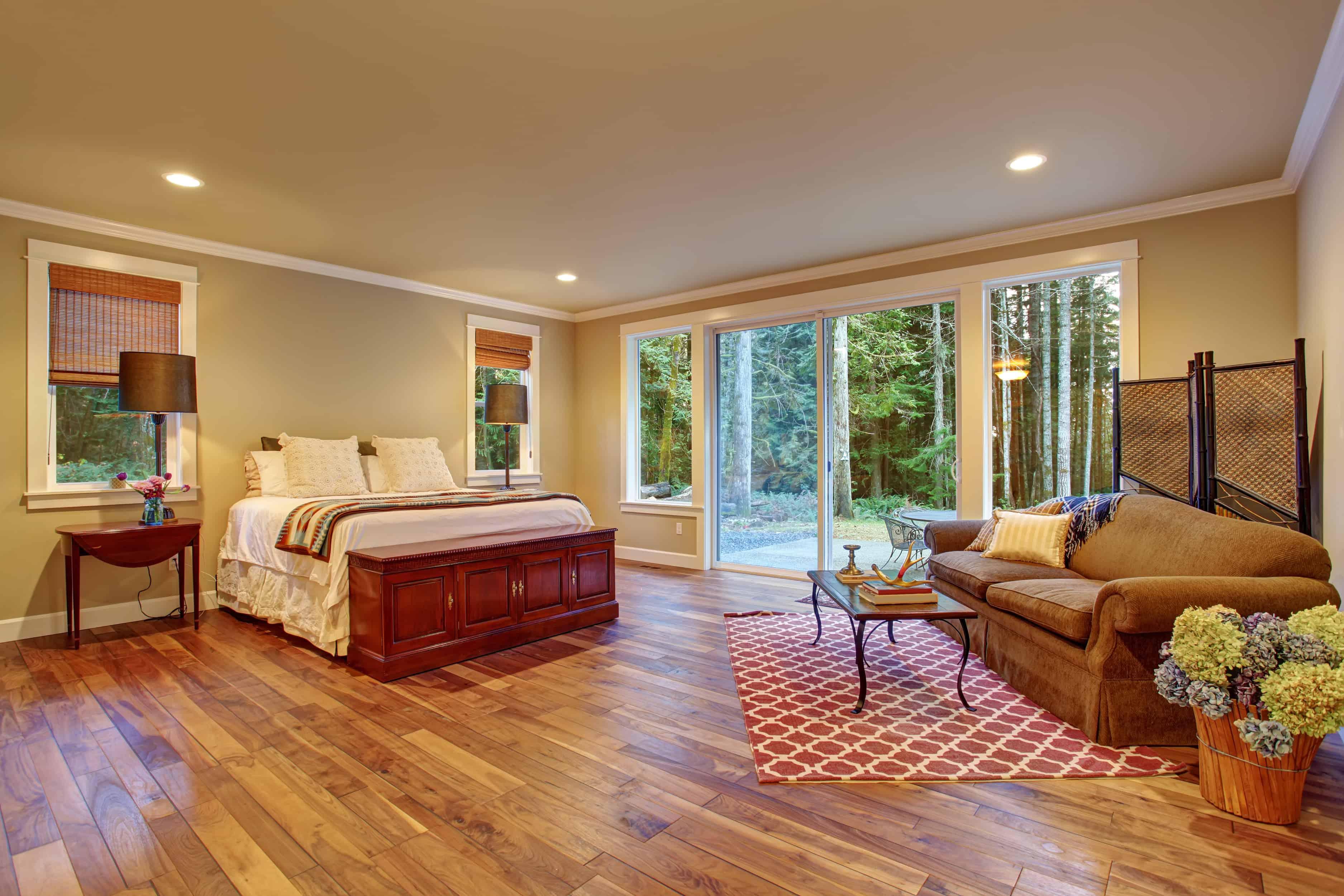 Benefits of Wood Flooring vs. Carpeting - Denver Dustless